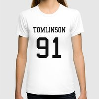 louis tomlinson T-shirts featuring TOMLINSON by kikabarros