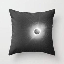 Solar Eclipse -2017 Throw Pillow