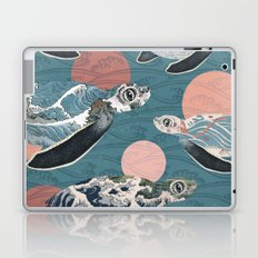 Sea Turtle Polka Laptop & iPad Skin