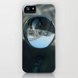 Tiro – Um Homem Que Consegue Mudar 3 iPhone Case