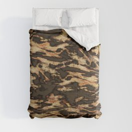 Evening bird flight Comforters