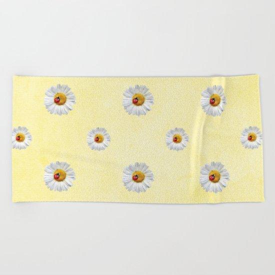 Daisies in love- pattern Beach Towel