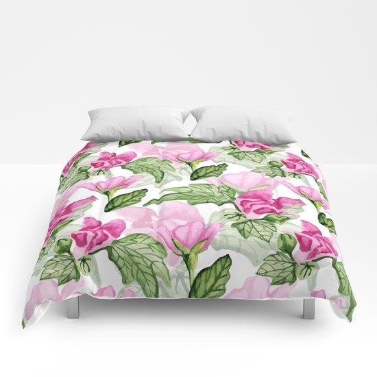 Pink flowers pattern Comforters