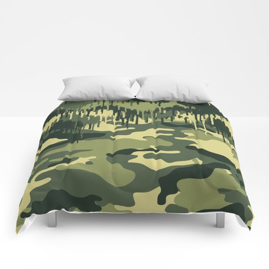 CAMOUFLAGE V Comforters