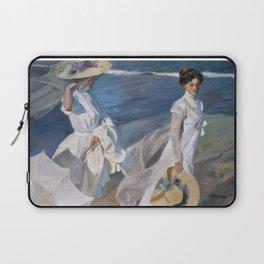 Joaquin Sorolla Y Bastida - Strolling along the seashore Laptop Sleeve