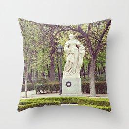 Madrid // A Statue in Parque del Retiro Throw Pillow