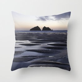Gull Rock, Holywell Bay, Cornwall, England, United Kingdom Throw Pillow