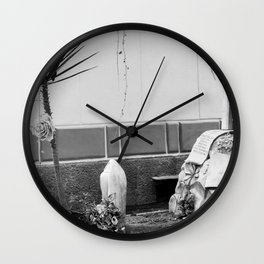 Grave with rose Wall Clock