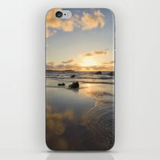 Breaking Dusk iPhone & iPod Skin