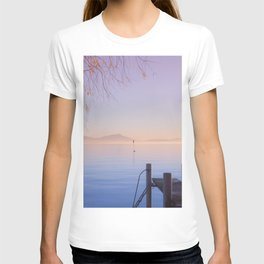 Peaceful Winter Sunset Over The Sea T-shirt