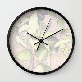 herbes et romance 1 Wall Clock