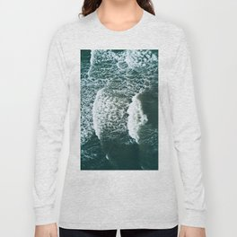 Wavy Waves on a stormy day Long Sleeve T-shirt