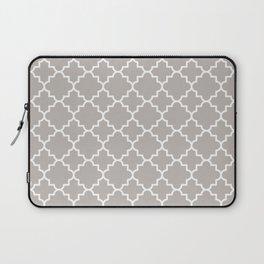 Classic Quatrefoil pattern, warm grey Laptop Sleeve
