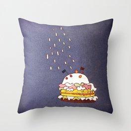 tårtan Throw Pillow