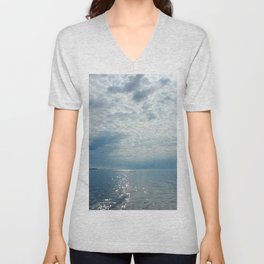 Air and water Unisex V-Neck