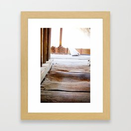 Puente catedral Framed Art Print