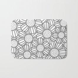 Field of daisies - gray Bath Mat