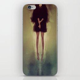 stella iPhone Skin