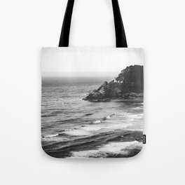 Pacific Northwest Grandeur - Heceda Lighthouse Black and White Tote Bag