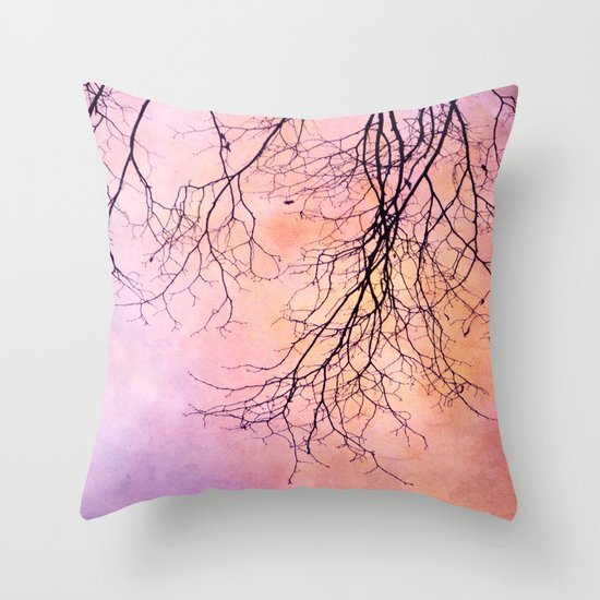 novembre Throw Pillow