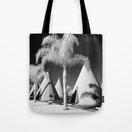Wigwam Motel Route 66 Tote Bag