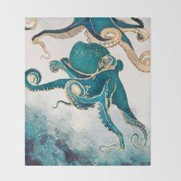 Underwater Dream V Throw Blanket