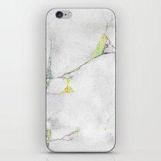 Yellow Cracked Design iPhone & iPod Skin