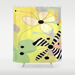 FLOWERY EDITH / ORIGINAL DANISH DESIGN bykazandholly Shower Curtain