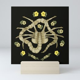 Florid-Facehugger (Black) Mini Art Print