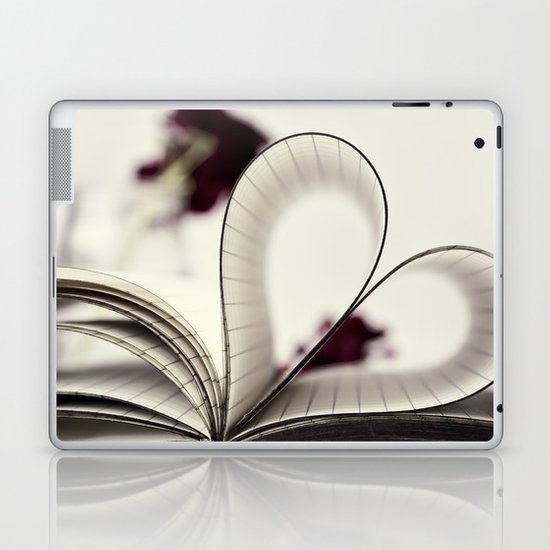 paper  heart ♥ Laptop & iPad Skin