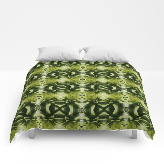 green, green, green Comforters