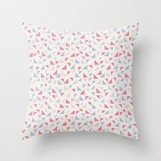 Célia Throw Pillow