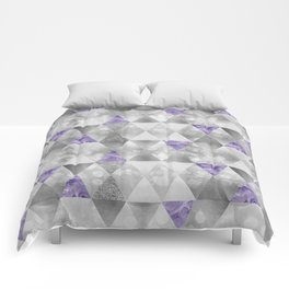 GRAPHIC PATTERN Sparkling triangles | silver & purple Comforters
