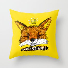 Domestícame: fox Throw Pillow