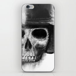 death racer iPhone Skin