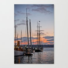 where the boats are Canvas Print