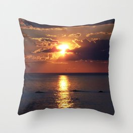Flaming sky over Sea - Nature at its best Throw Pillow