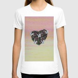 Le coeur de l'amour en fleur T-shirt