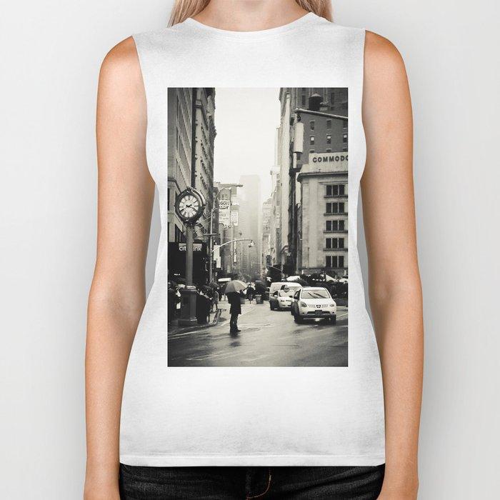 New York City - 5th Avenue in the Rain Biker Tank