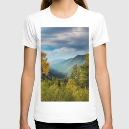 Sunlight Valley // Dense Forest View through the Autumn Colors in Colorado T-shirt