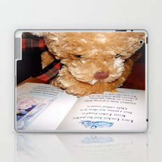 Reading does the mind good Laptop & iPad Skin