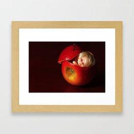 Manzana Framed Art Print