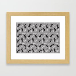Hojitas en escala de grises Framed Art Print