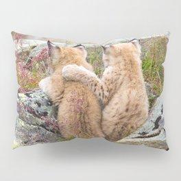 Lynx kittens - sister love Pillow Sham