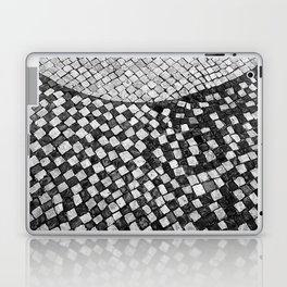 Mosaico A calçada portuguesa Laptop & iPad Skin