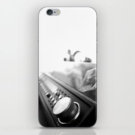Record player iPhone Skin