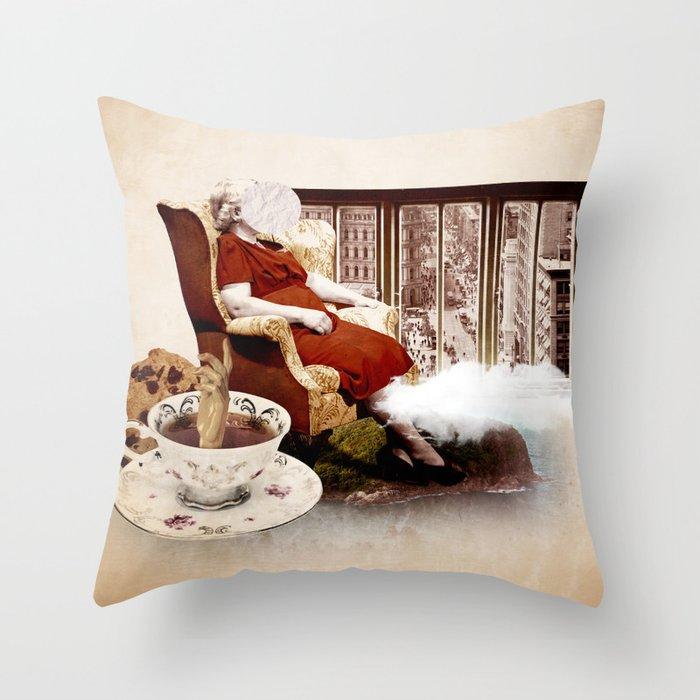 Como cada tarde Throw Pillow