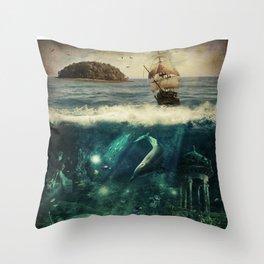 WATER WORLD Throw Pillow