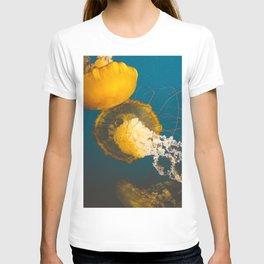 Pacific Sea Nettle Jellyfish II T-shirt