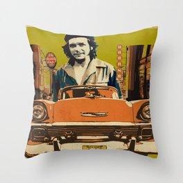 Retro Cuba design with car & Che Guevara Throw Pillow